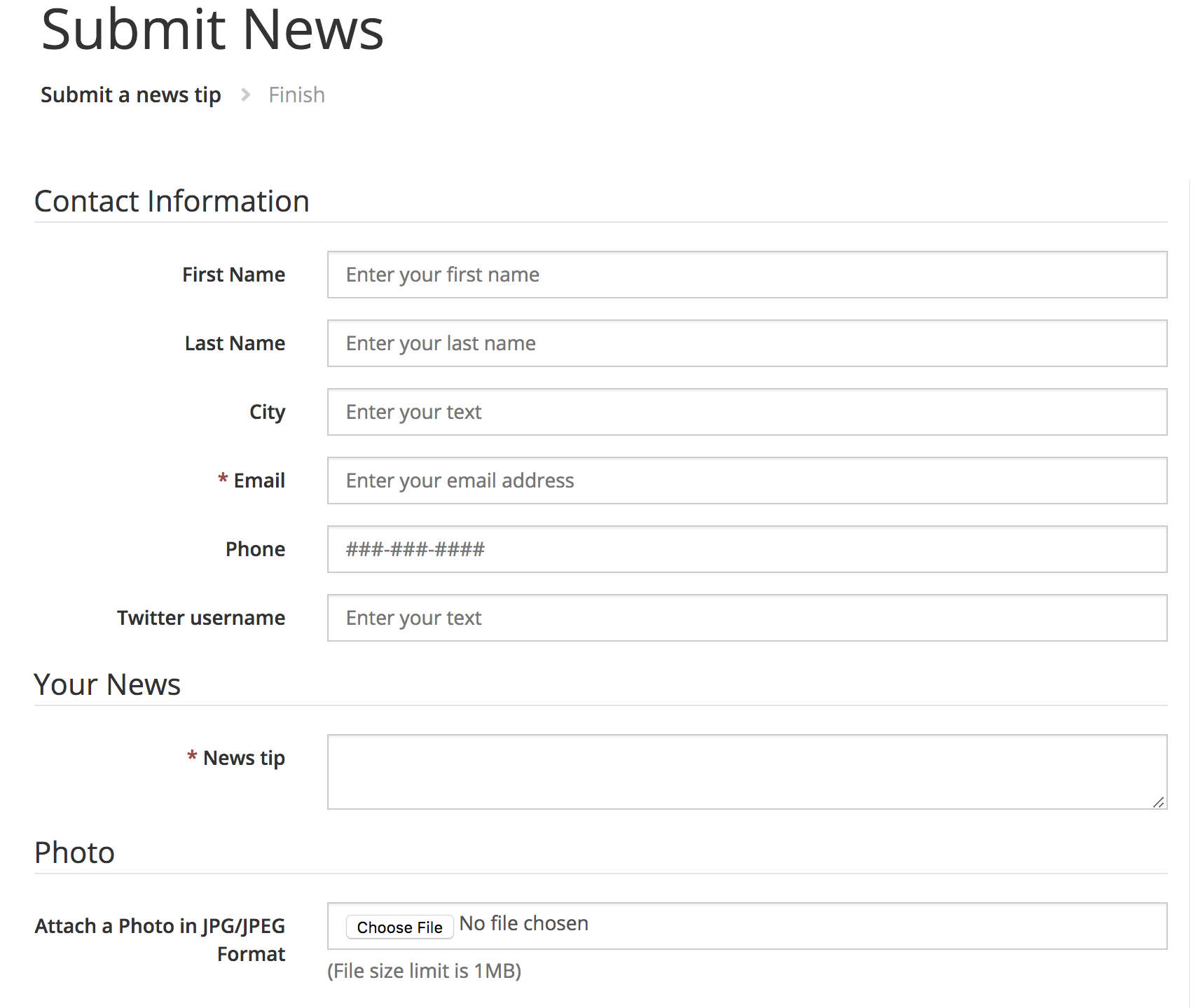 "Screenshot showing the ""Submit News"" page on The Virginian-Pilot's website."